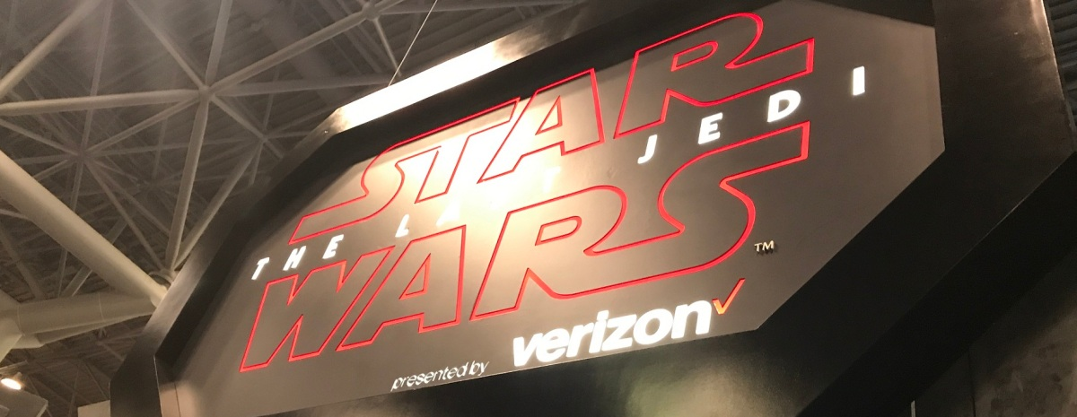 Star Wars: The Last Jedi Experience By Verizon (NYCC 2017)